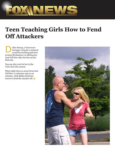 Teen Teaching Girls How To Fend Off Attackers
